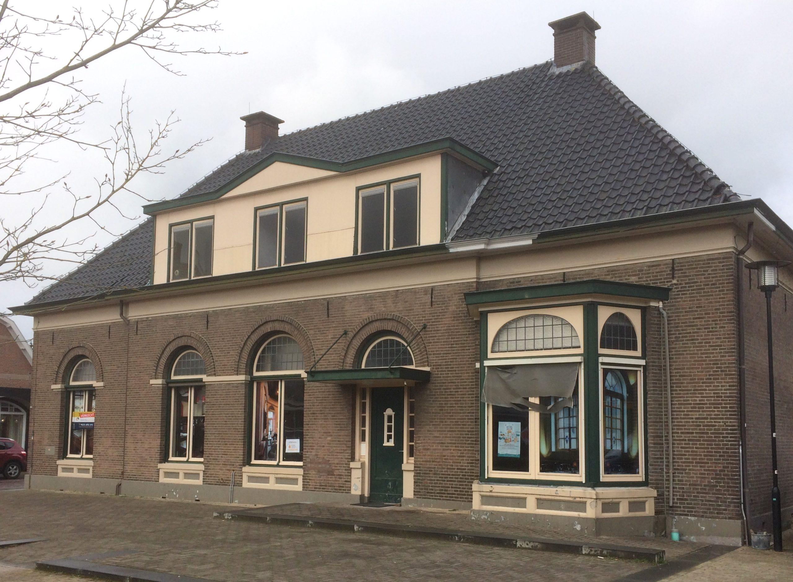Oude School / Gemeentehuis Hengelo