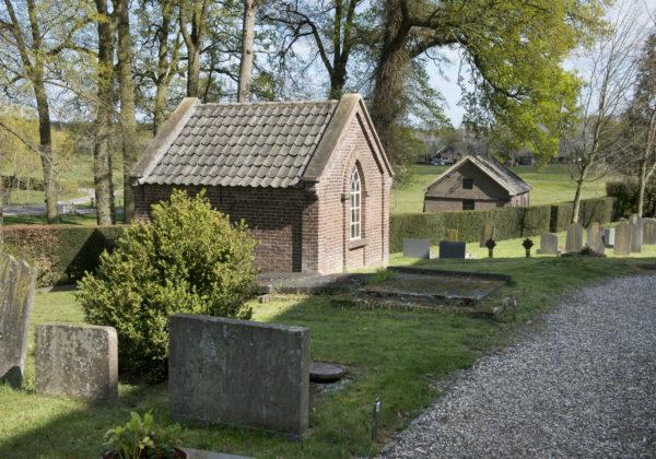 Burg.van Panhuysbrink 11 Hoog-Keppel Baarhuisje bij kerk