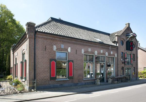 Hummelo Dorpsstraat 30 Winkel Woonhuis
