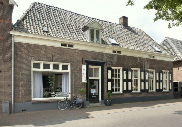 Hummelo Dorpsstraat 16 Dwarshuis