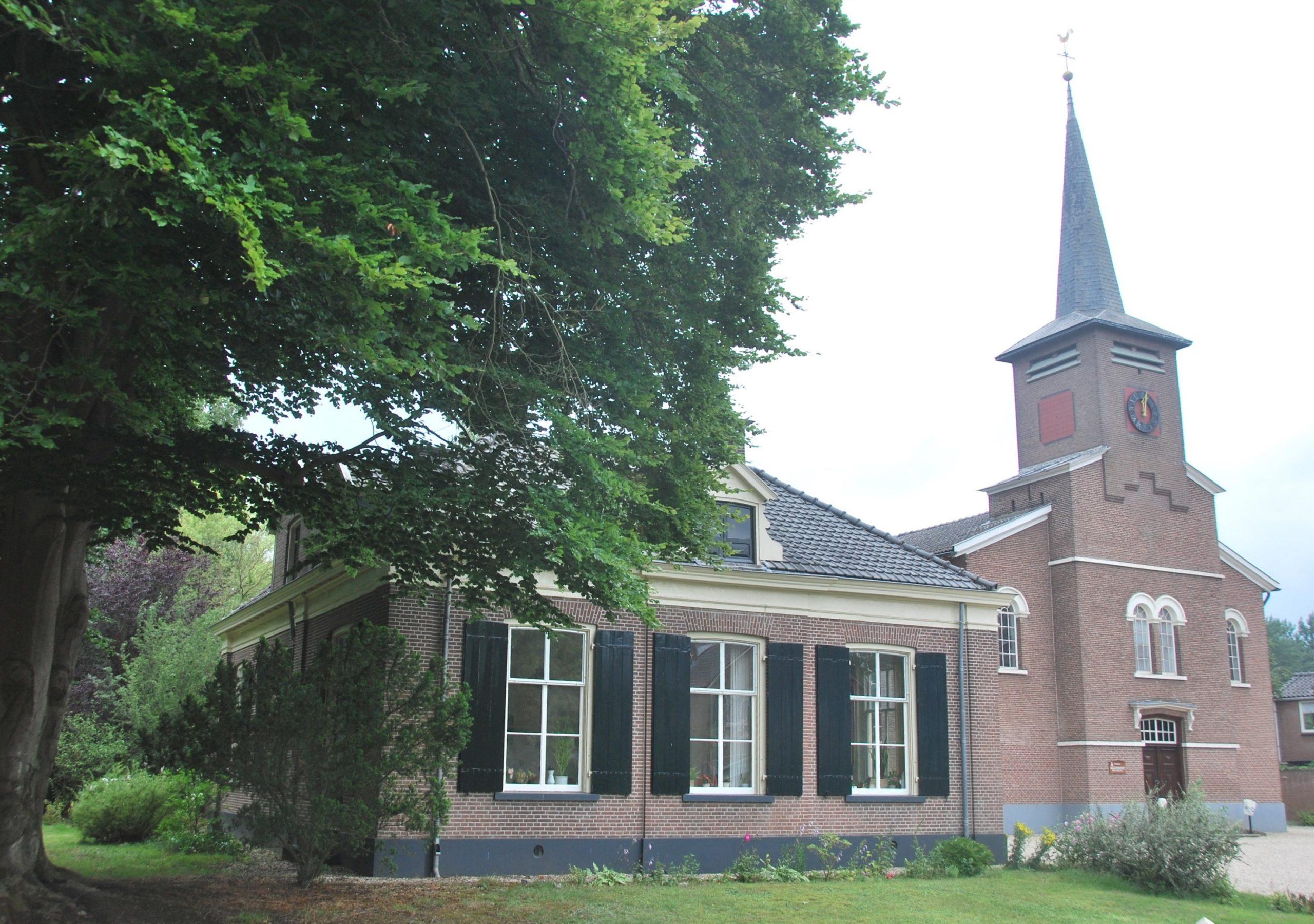 Wichmond Dorpsstraat 16 - 18 Kerk en Pastorie