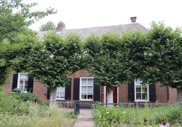 Baak Hofstraat 8 Boerderij Hof te Baak
