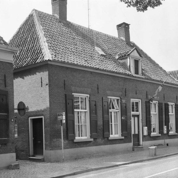 Hummelo Dorpsstraat 14 Dwarshuis