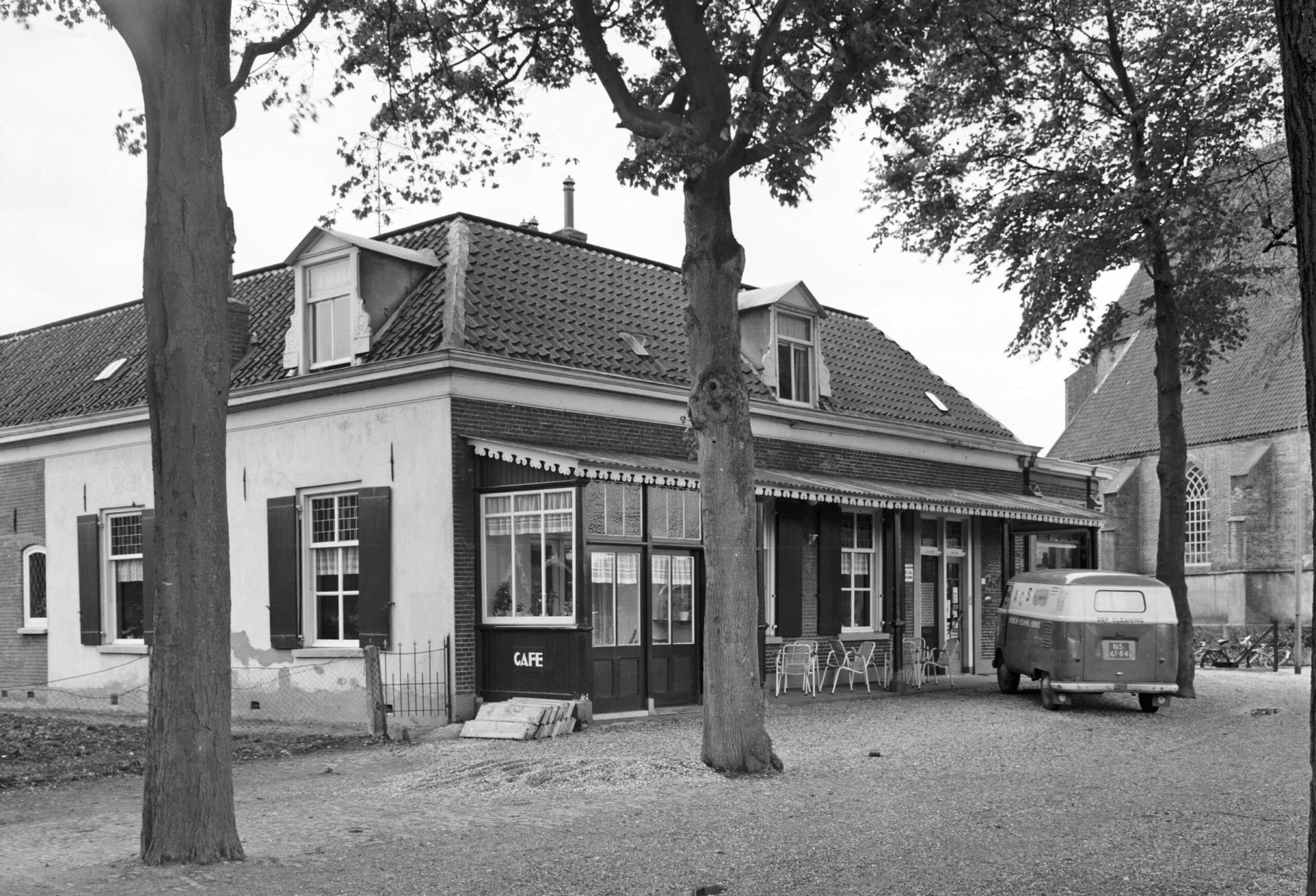 Steenderen J.F. Oltmansstraat 5 Woning Winkel Horeca
