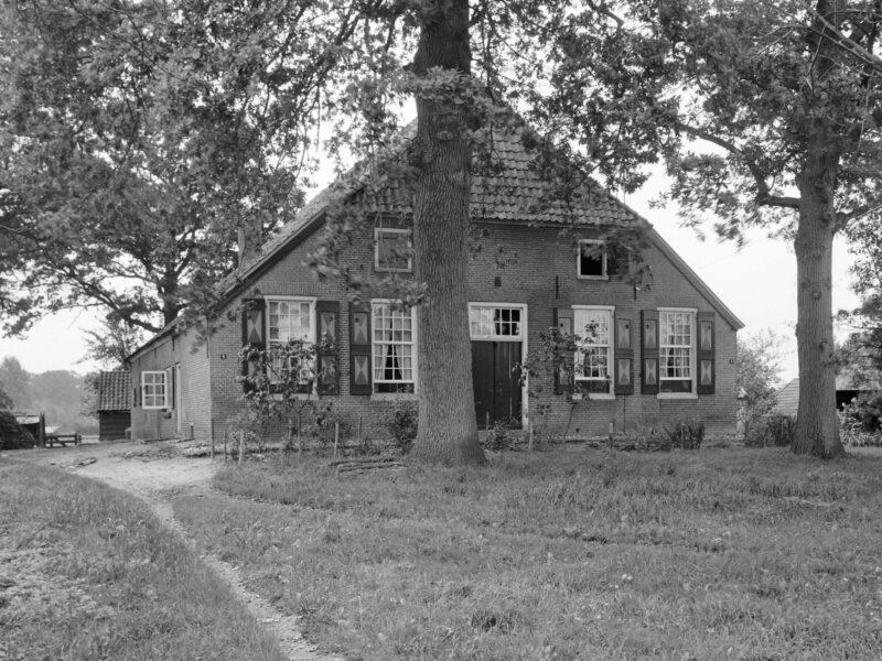 Hummelo Broekstraat 4 en 6 Boerderij Klinkerslag