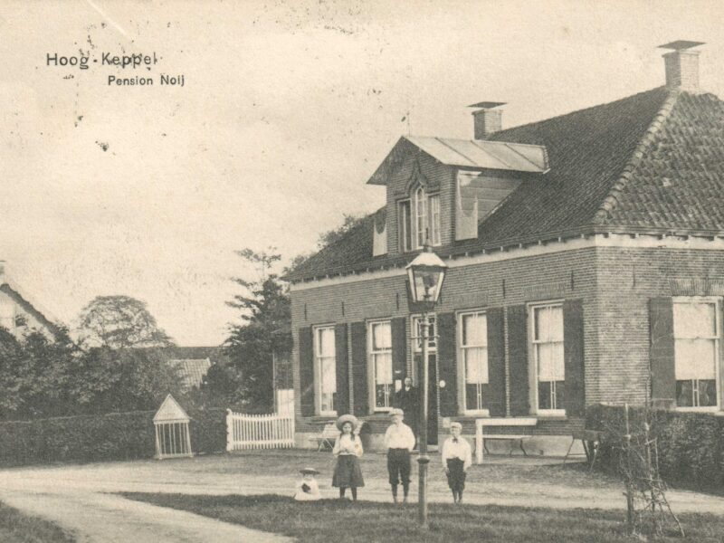 Hoog-Keppel Burg. Vrijlandweg 10 Woonhuis vm Pension Noij